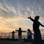 『東山屋上ヨガ vol.2』 〜日の出 ・日の入り・せとうちの風〜 ∞ レポート